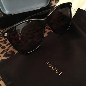 Gucci Accessories - Gucci sunglasses